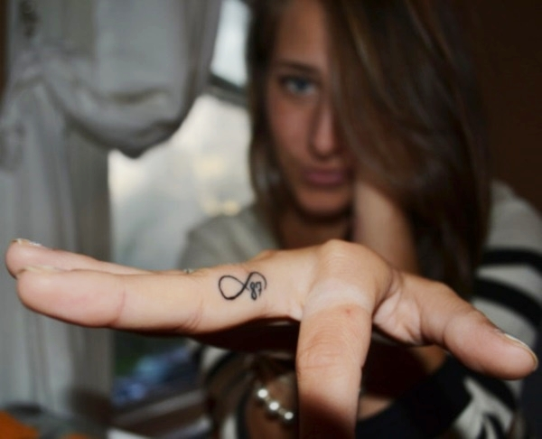 Cute Little Finger Tattoo Ideas1 (45)