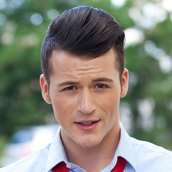 Dashing Hairstyles for Men to Try This Year0021