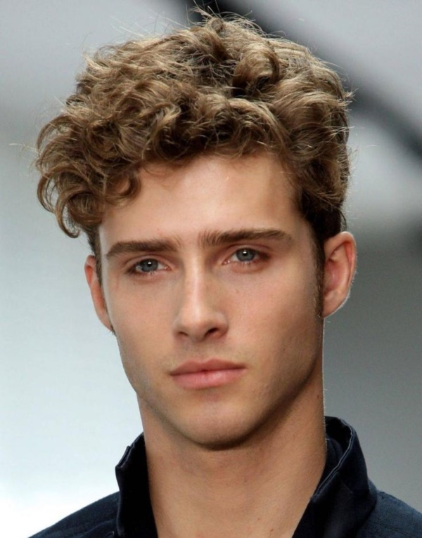 Dashing Hairstyles for Men to Try This Year0351