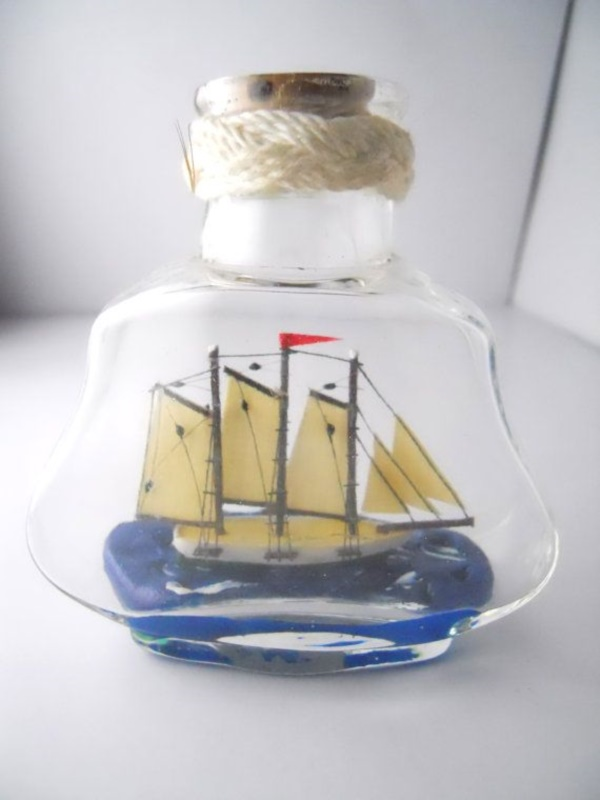 Incredible Ship inside Bottle Art Works0361