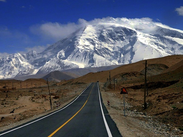 Most Amazing Roads to Drive once in a Lifetime12