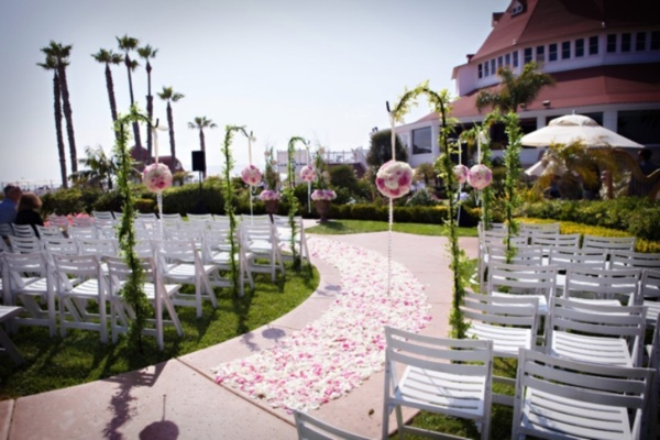 50 Romantic Wedding Decoration Ideas0361