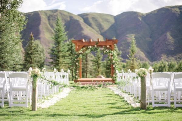 50 Romantic Wedding Decoration Ideas0371