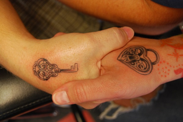 Adorable Couple Tattoo Designs and Ideas0071