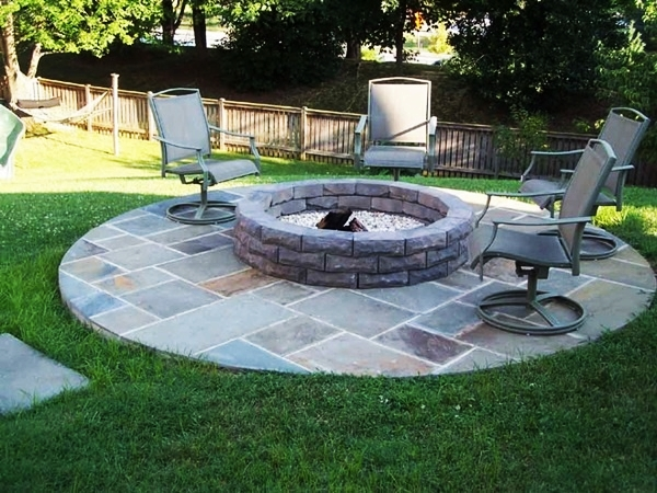 Borderline Genius Backyard Design Ideas (23)