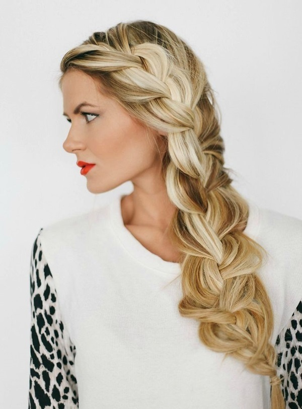 Cute braided hairstyles for long hair (21)