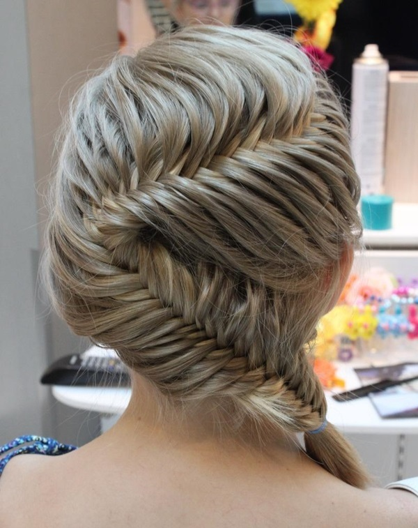 Cute braided hairstyles for long hair (24)