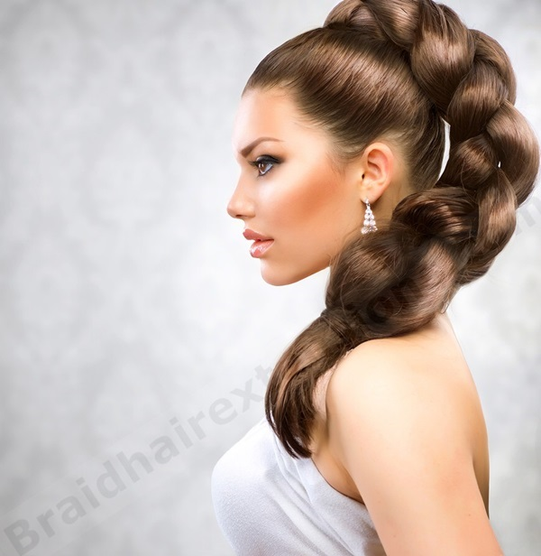 Cute braided hairstyles for long hair (37)