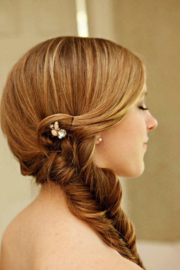 Cute braided hairstyles for long hair (40)