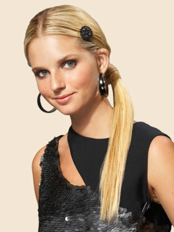 Fab Prom Hairstyle Ideas for Girls0471