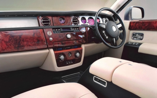 Jaw Dropping car interior decor Ideas0261