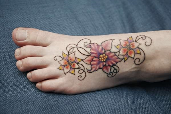 Latest 55 Beautiful Foot Tattoo Designs For Girls0241