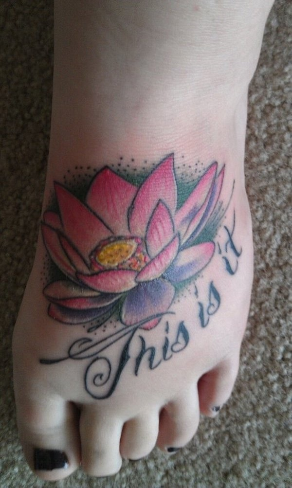 Latest 55 Beautiful Foot Tattoo Designs For Girls0491