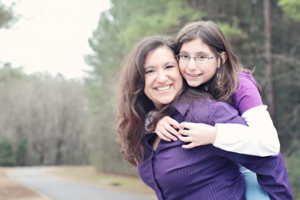 50 Adorable Mother Daughter Pictures0191