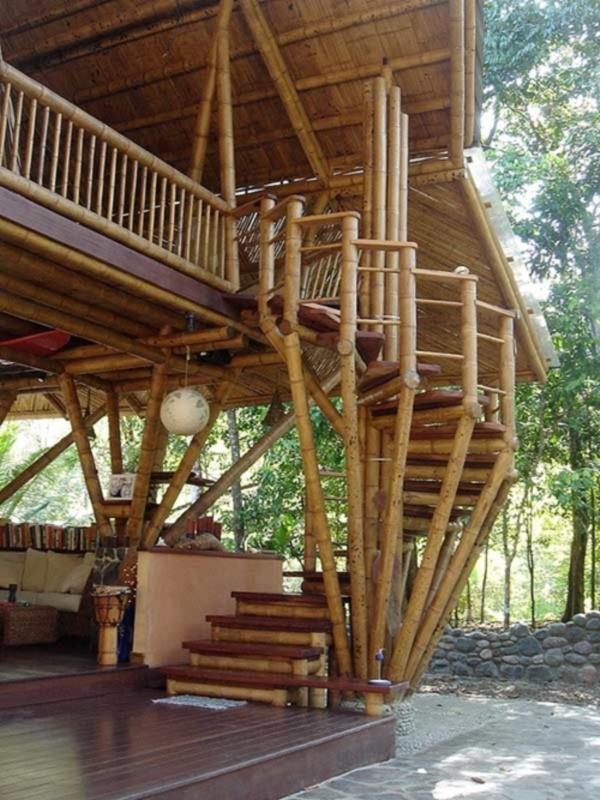 50 Breathtaking Bamboo House Designs0011