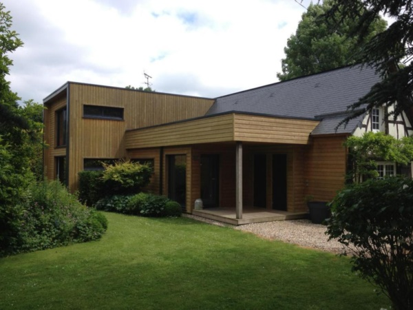 50 Breathtaking Bamboo House Designs0031