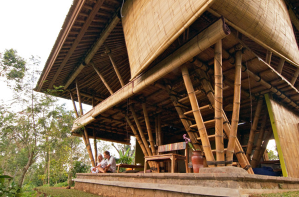 50 Breathtaking Bamboo House Designs0131