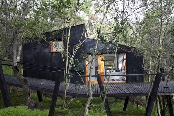 50 Breathtaking Bamboo House Designs0291