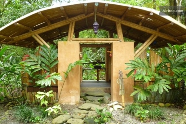 50 Breathtaking Bamboo House Designs0391