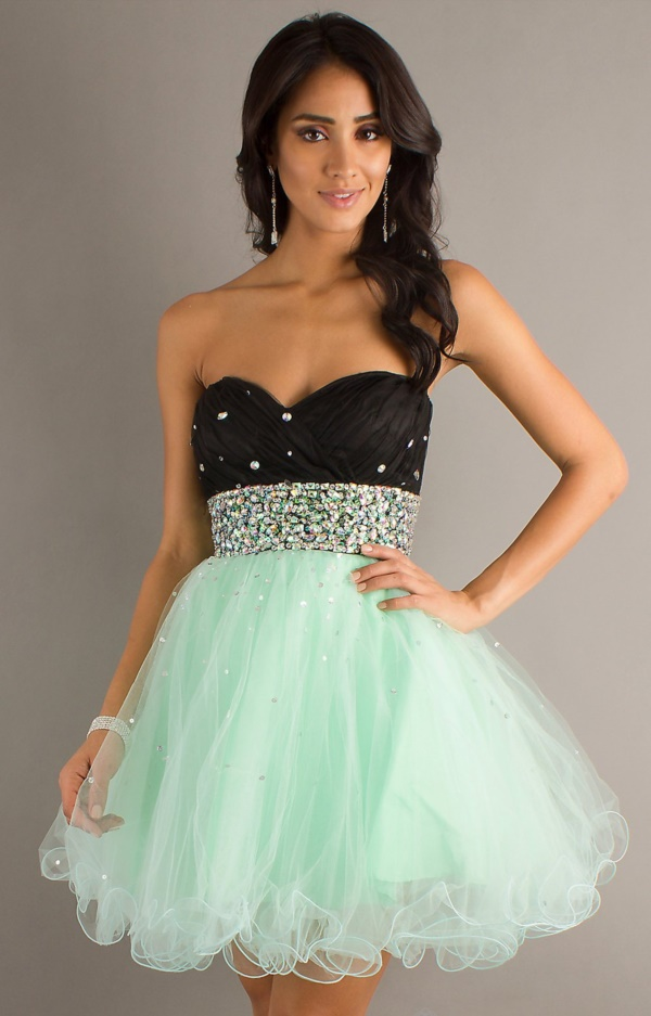 50 Gorgeous Prom Dresses to Rule the Party0051