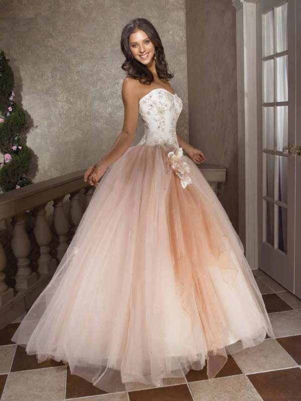 50 Gorgeous Prom Dresses to Rule the Party0121