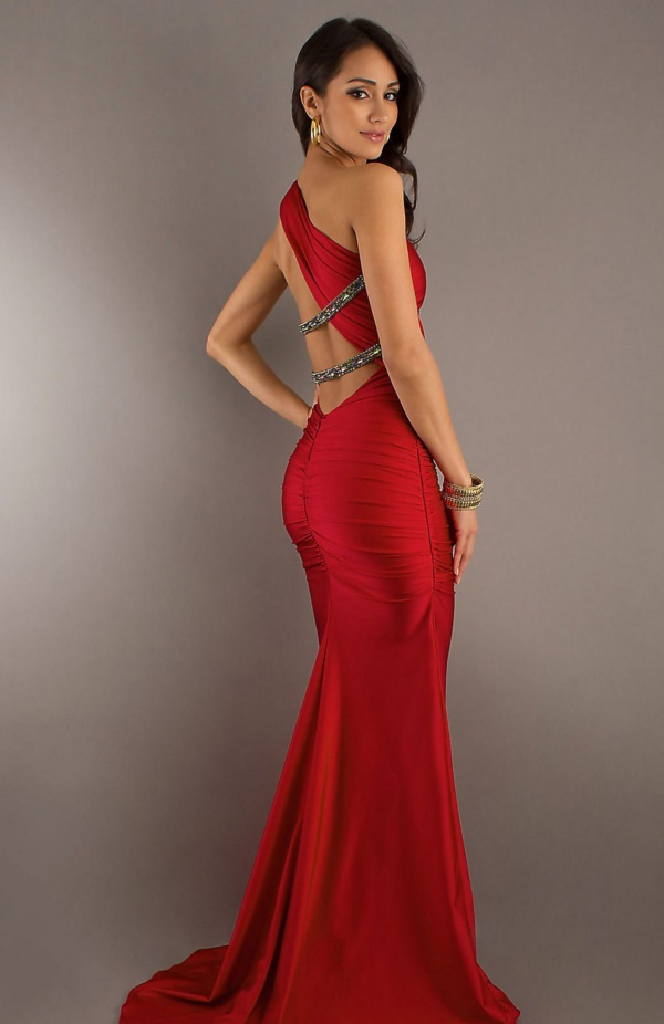 50 Gorgeous Prom Dresses to Rule the Party0231