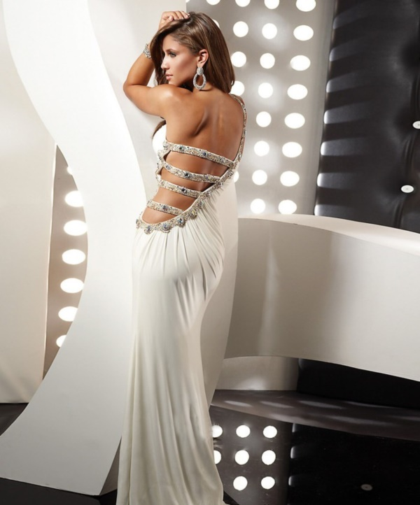 50 Gorgeous Prom Dresses to Rule the Party0291