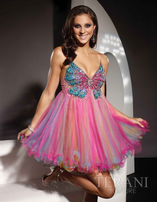 50 Gorgeous Prom Dresses to Rule the Party0381