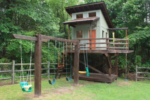 50 Impossibly cool swing set-ups for your home