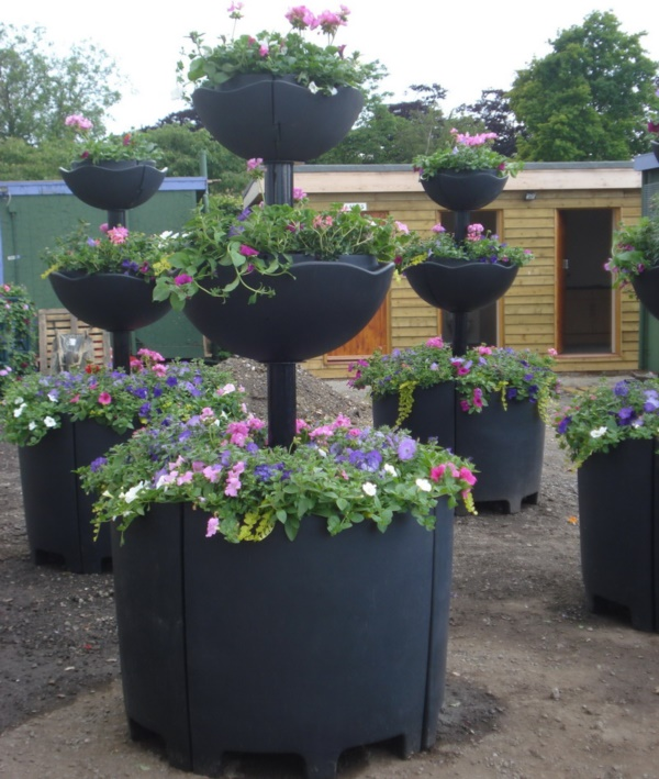 Beautiful and Safe garden privacy ideas0121