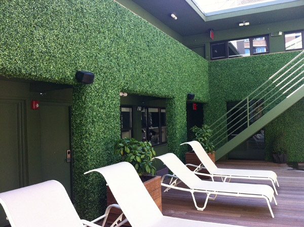 Beautiful and Safe garden privacy ideas0251