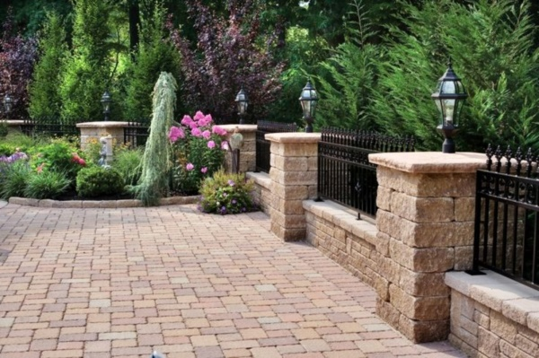 Beautiful and Safe garden privacy ideas0401