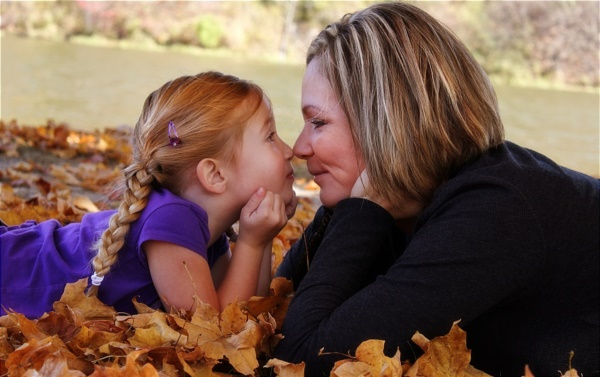 adorable mother daughter pictures0051