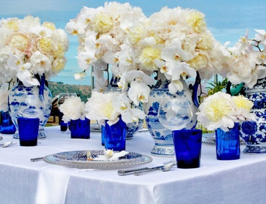 blue-white-chinoise-wedding-table-peony