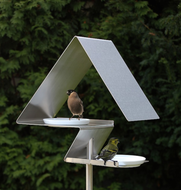 magical birds feeders to attract birds on your garden0211
