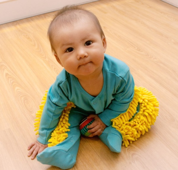 useful baby hack for parents 0001