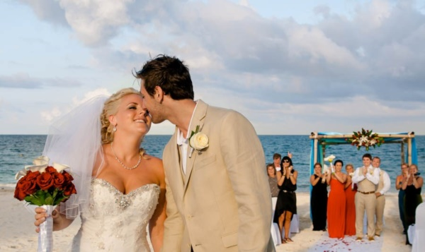 most romantic wedding photos0421