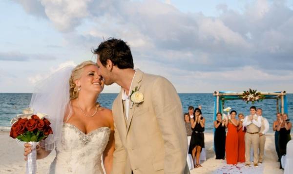 most romantic wedding photos0421