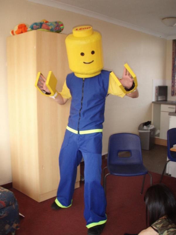 smart costumes ideas0271