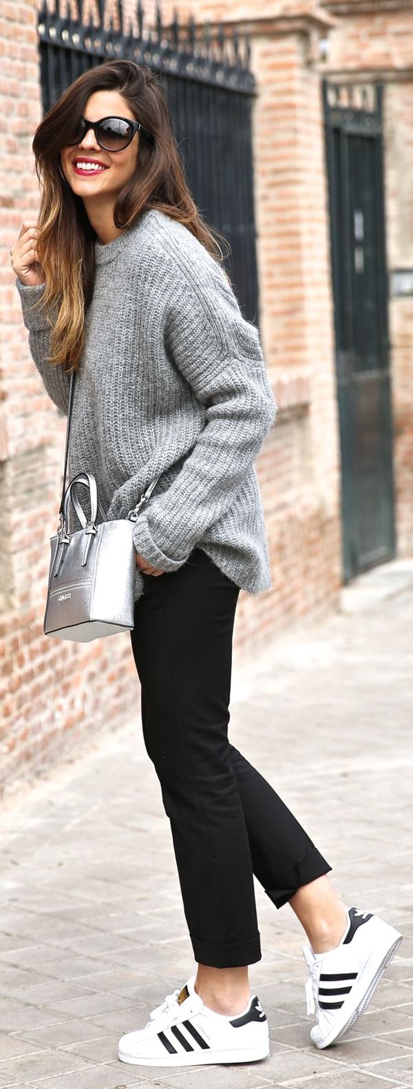 cute-winter-outfit-ideas-for-girls-34