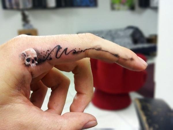 40 Cute Tiny Tattoo Ideas For Girls 13
