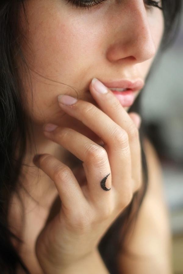 40 Cute Tiny Tattoo Ideas For Girls 34