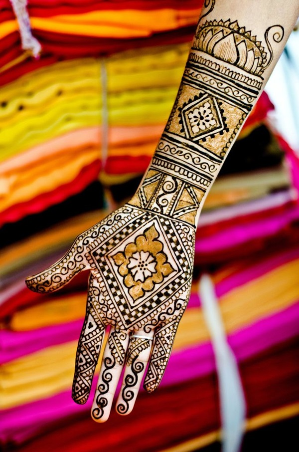 Beautiful Mehandi Designs For Weddings (1)