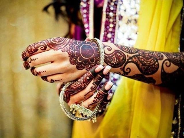 40 Beautiful Mehandi Designs for Weddings