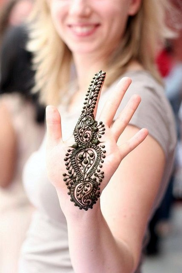 Beautiful Mehandi Designs For Weddings (37)