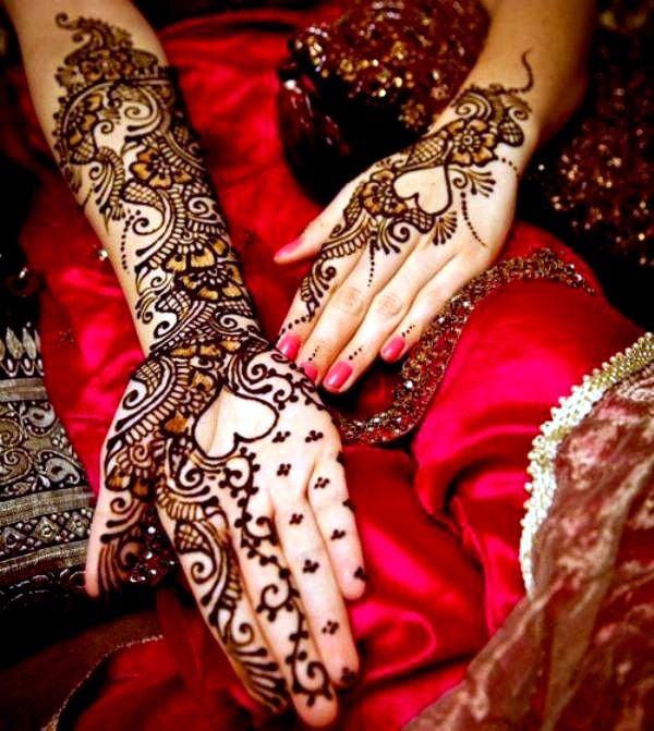 Beautiful Mehandi Designs For Weddings (4)