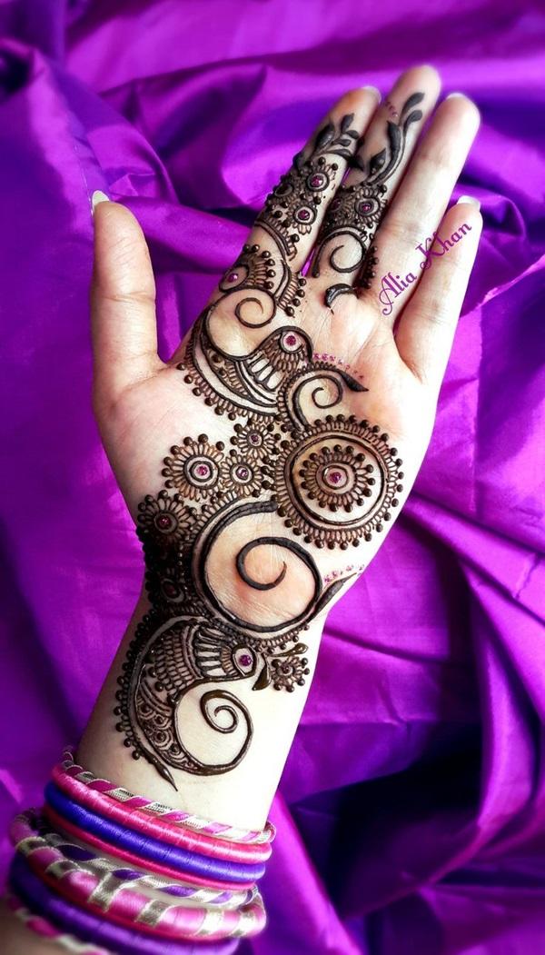 Beautiful Mehandi Designs For Weddings (9)
