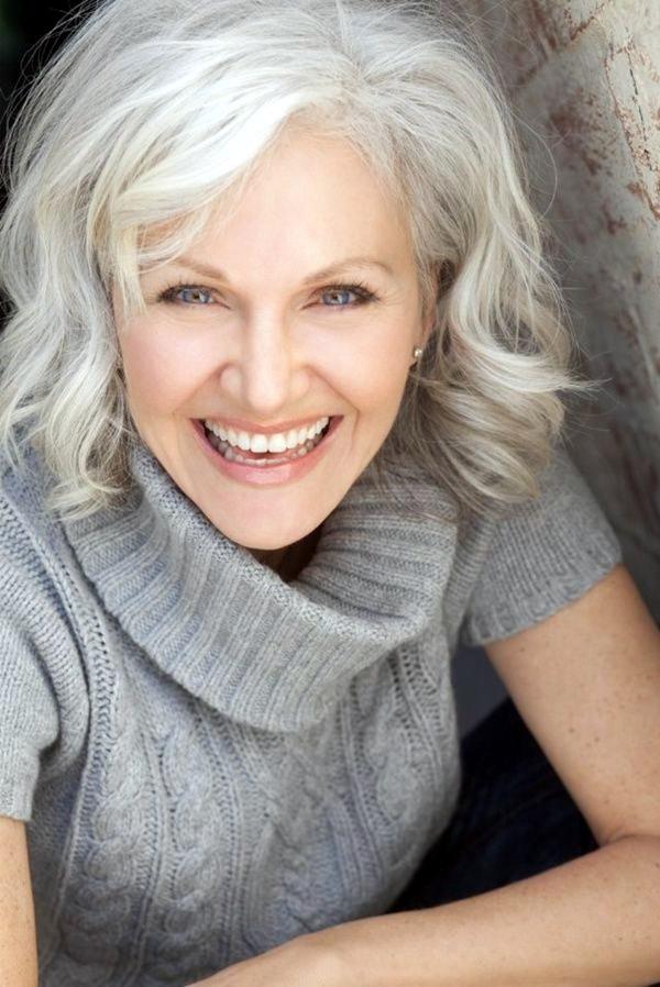 40 einfache und schöne Frisuren für ältere Frauen