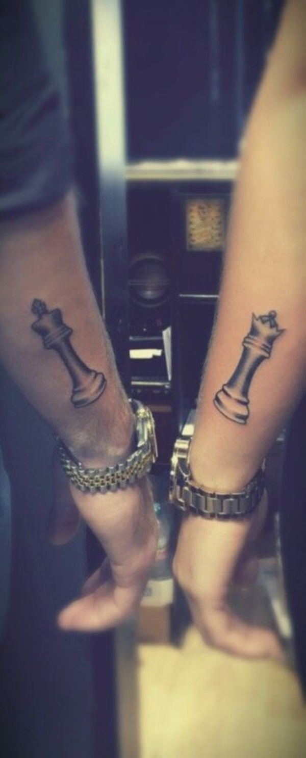 Cute king and queen tattoo for couples0221