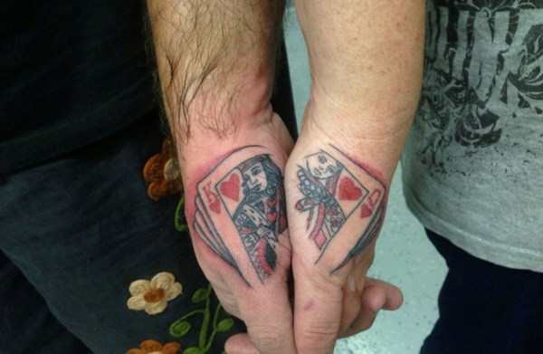 Cute king and queen tattoo for couples0231